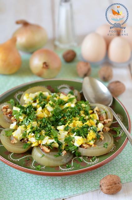 Sałatka z cebuli, Bulgarian onion salad, Лучена салата