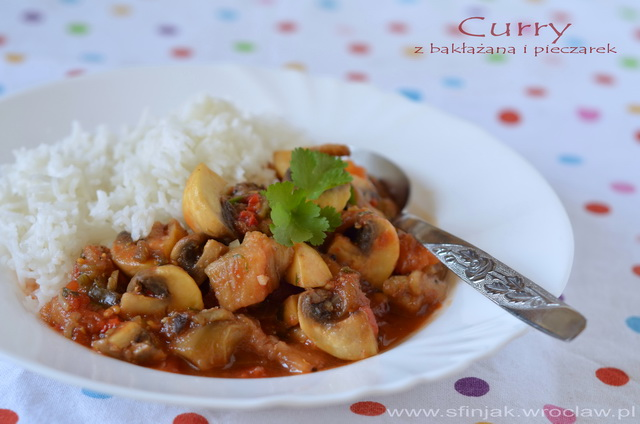 Curry z bakłażanów i pieczarek, Eggplant and button mushroom curry